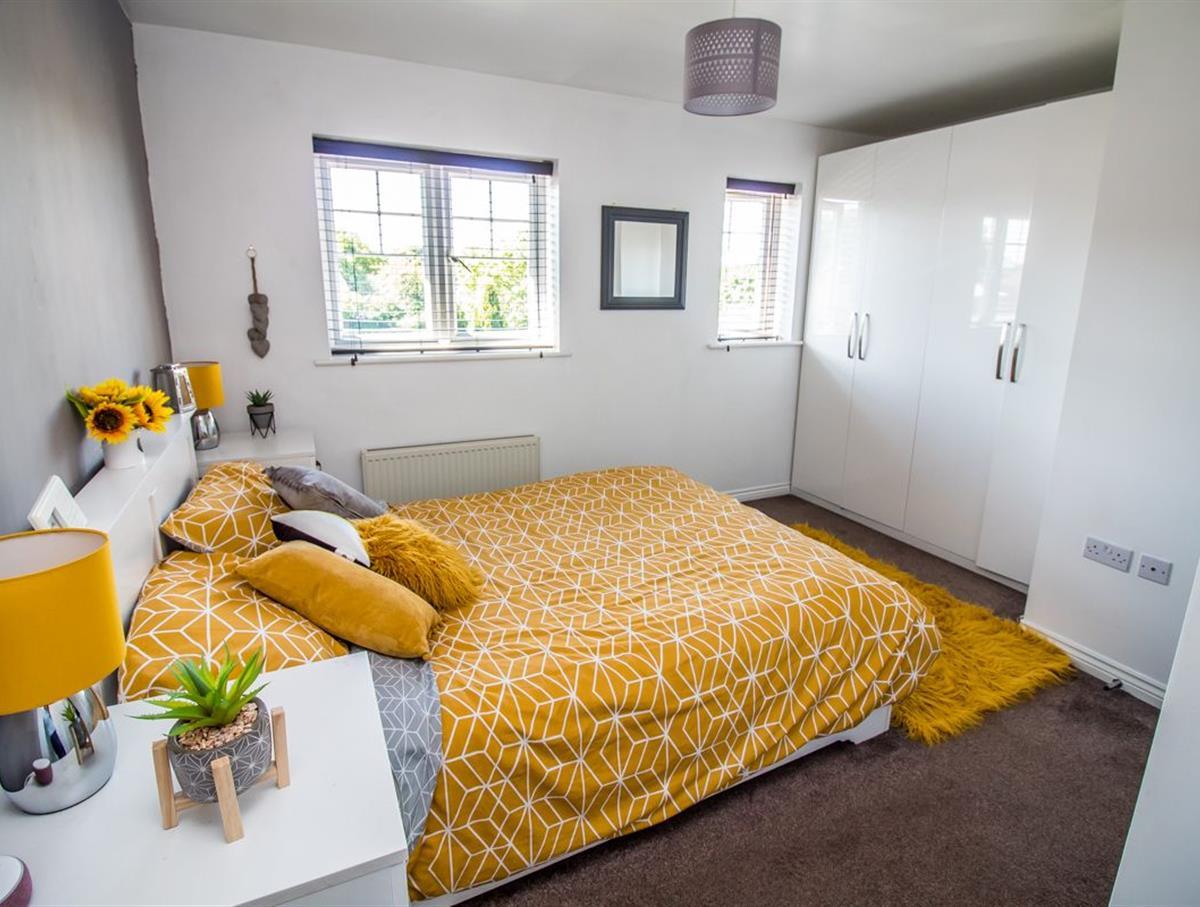 Master Bedroom p2