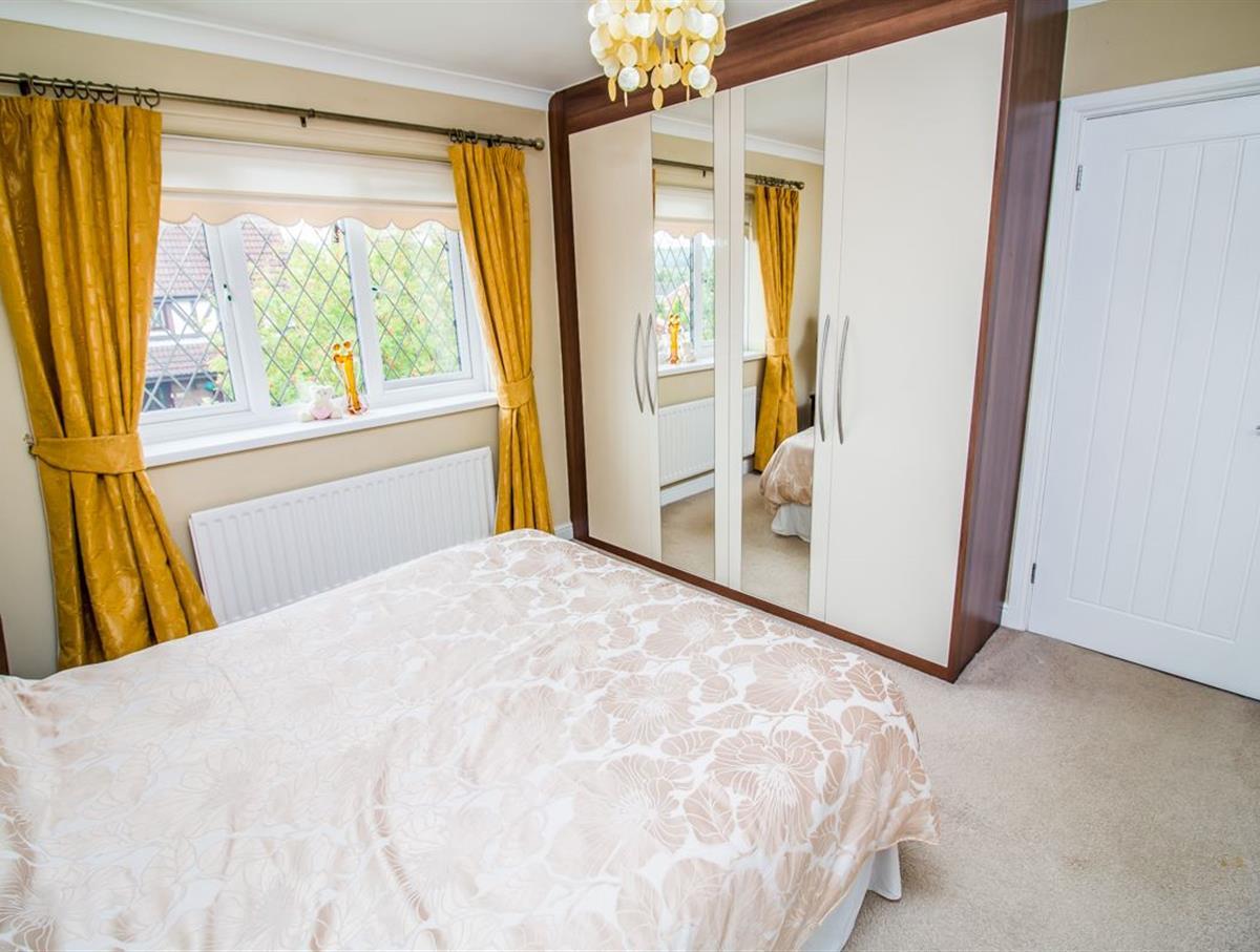 Bedroom 1 p2