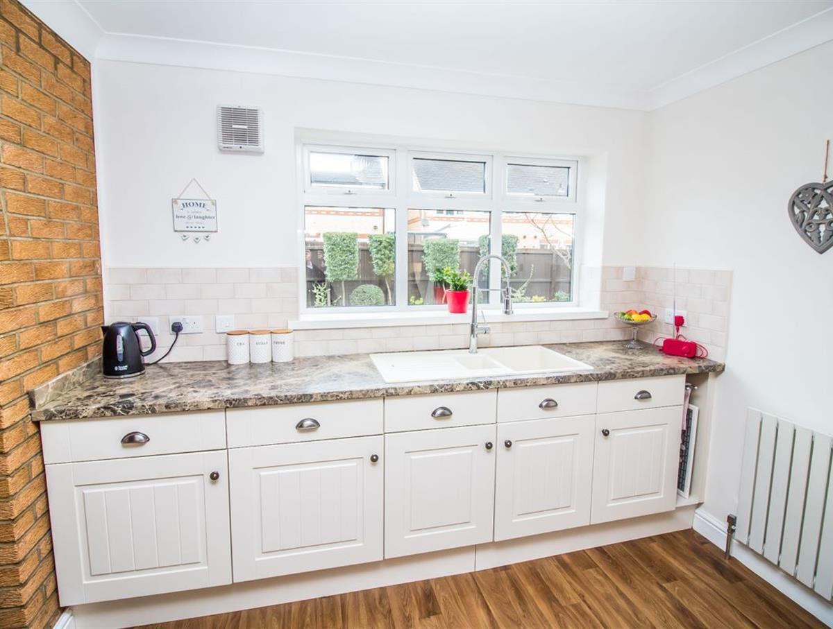 Window Kitchen