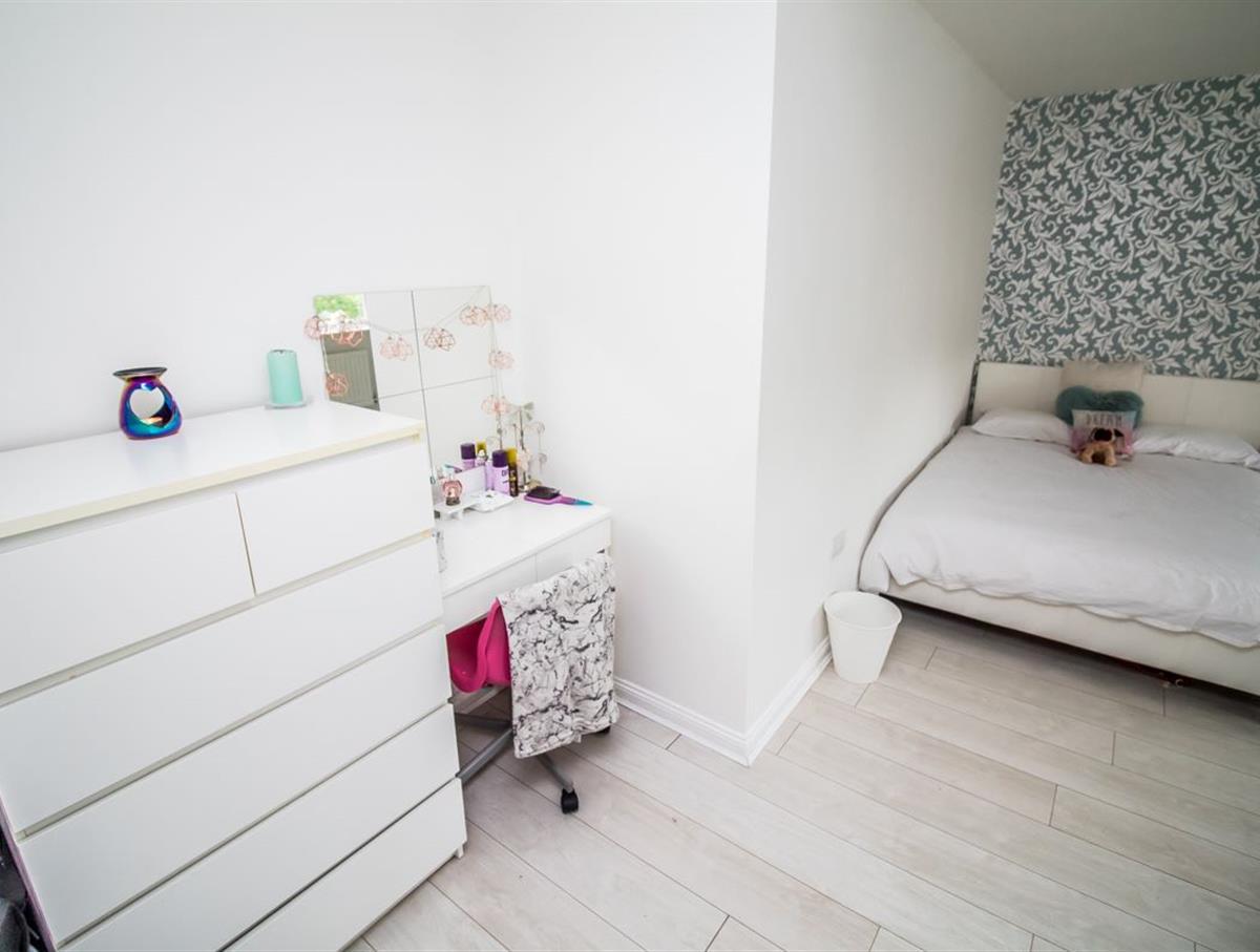 Bedroom 2 Dressing Area